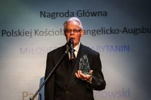 Artur Pawłowski – laureat tegorocznej Nagrody Diakonii